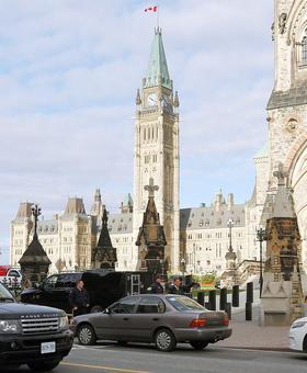 Canadian parliament rocked by gunshots; 2 killed
