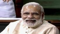 AAP targets Modi, Kejriwal says he has no degree to show
