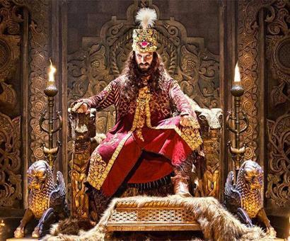 Current Bollywood News & Movies - Indian Movie Reviews, Hindi Music & Gossip - Ranveer, Salman, SRK: Ritziest Rulers on Reel