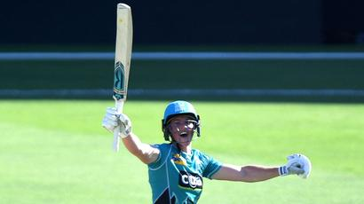 Rediff Cricket - Indian cricket - Grace Harris creates WBBL history with 42-ball century