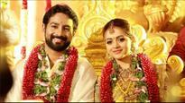 Current Bollywood News & Movies - Indian Movie Reviews, Hindi Music & Gossip - Malayalam actress Bhavana gets hitched to Kannada producer Naveen, their wedding pics go viral