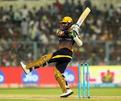 Rediff Cricket - Indian cricket - Kolkata Knight Riders outplay Delhi Daredevils to inch closer to knock-outs
