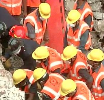 11 dead, 7 injured in Thane building collapse