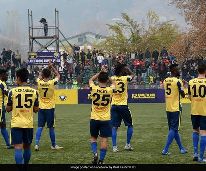 Rediff Sports - Cricket, Indian hockey, Tennis, Football, Chess, Golf - I-League: Real Kashmir Assure Safety For East Bengal In Srinagar