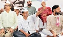 AAP rift out in the open, national body to decide fate of Bhushan, Yadav