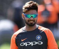 Rediff Sports - Cricket, Indian hockey, Tennis, Football, Chess, Golf - Vengsarkar calls for Pant's inclusion in third Test