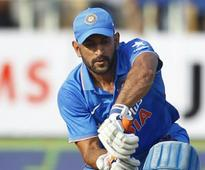 Rediff Sports - Cricket, Indian hockey, Tennis, Football, Chess, Golf - MS Dhoni might play warm-up matches for India A against England before ODI series