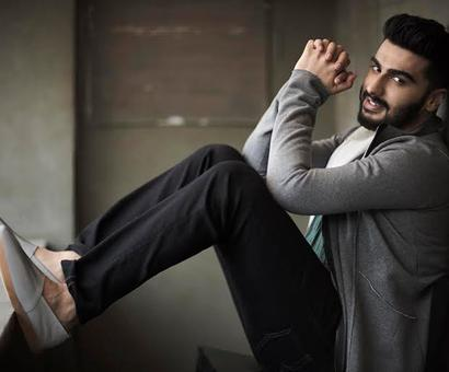 Current Bollywood News & Movies - Indian Movie Reviews, Hindi Music & Gossip - Arjun Kapoor shares a heartfelt note after `Namaste England` wrap!