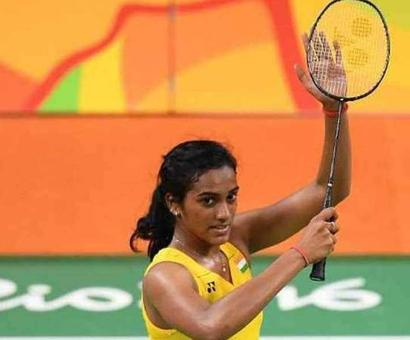 Rediff Sports - Cricket, Indian hockey, Tennis, Football, Chess, Golf - Watch: Sindhu Takes A Dig At Critics After BWF World Tour Finals Victory