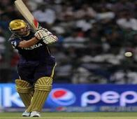 IPL 2014: 'Classy' Kallis helps KKR score a comprehensive victory over MI
