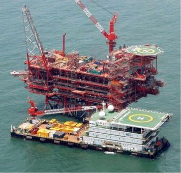 Govt plans to stop RIL from selling crude to Jamnagar refinery