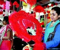 For e-tailers, Valentine's Day is the new Diwali