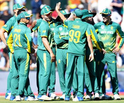Rediff Sports - Cricket, Indian hockey, Tennis, Football, Chess, Golf - South Africa topple India from perch to top ODI rankings