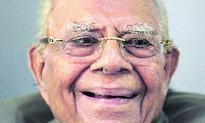 Black money: Jethmalani slams govt stand in Supreme Court