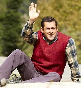 Current Bollywood News & Movies - Indian Movie Reviews, Hindi Music & Gossip - Salman Khan's Tubelight flickers at box office