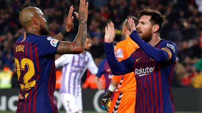 Rediff Sports - Cricket, Indian hockey, Tennis, Football, Chess, Golf - Lionel Messi penalty helps under-par Barcelona beat Real Valladolid