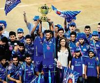 The night after, Mumbai bleeds blue in revelry