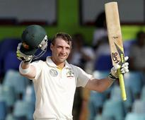 Nepal to place Phil Hughes' bat atop Mount Everest