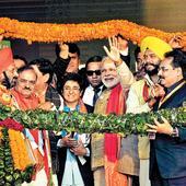 Don't trust backstabbing AAP: Narendra Modi