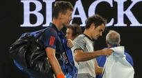Vintage Roger Federer hammers Tomas Berdych to reach fourth round
