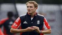 Rediff Cricket - Indian cricket - 'Injured' Broad doubtful for first Proteas Test