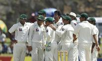 Rediff Cricket - Indian cricket - Pak get off to shaky start against Oz's pace attack on opening day of first Test