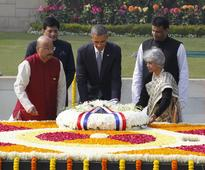 Spirit of Gandhi is Great Gift to India That is Alive Till Today: Obama