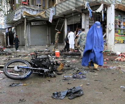 Suicide attack leaves 33 dead, 100 injured in Afghanistan blasts