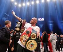 Tyson Fury ends Klitschko's nine-year reign as heavyweight champion