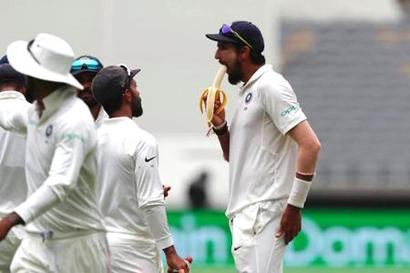 Rediff Cricket - Indian cricket - Watch: Ishant-Jadeja spat caught on stump mic