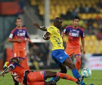 Rediff Sports - Cricket, Indian hockey, Tennis, Football, Chess, Golf - ISL 2016: Kerala Blasters controlled match, but lacked ideas in draw with FC Pune City