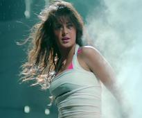 Watch: Sensuous Katrina sizzling in `Kamli` song promo of `Dhoom 3`