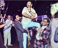 Rediff Sports - Cricket, Indian hockey, Tennis, Football, Chess, Golf - Drunken Dance Numbers to 'Tasty' Cheeks; Here's How Wild Yuvi-Hazel's Cocktail Bash Was!