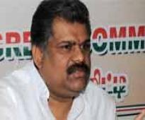 Split stares at Tamil Nanu Congress, Vasan set to break away from party