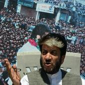 Pakistan flags appear at separatist rally, Shabir Shah detained