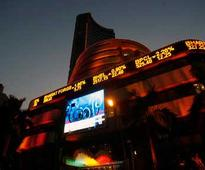 Sensex sheds 140 pts in early trade; FMCG, auto, bank shares weigh