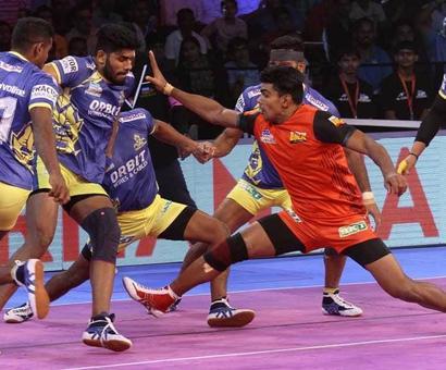 Rediff Sports - Cricket, Indian hockey, Tennis, Football, Chess, Golf - PKL: Pawan Sehrawat Stars As Bengaluru Bulls Defeat Tamil Thalaivas