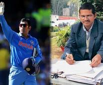 Thanks for losing Mr Dhoni, IPS officer sends Rs 1000 cheque