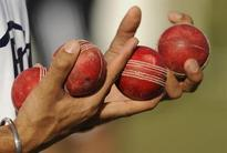 Royal Challengers Bangalore beat Mumbai Indians by seven wickets