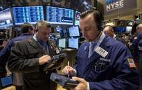Wall St tumbles on Ebola fears; small caps drop