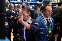 Banks, tech stocks lead broad Wall Street rebound