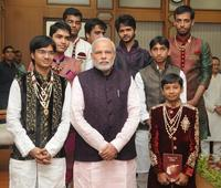 65 Jains who are going to become monk visits Prime Minister Modi(photos)