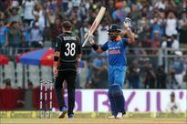 Rediff Sports - Cricket, Indian hockey, Tennis, Football, Chess, Golf - Kohli smashes 31st ODI ton, surpasses Ponting's record
