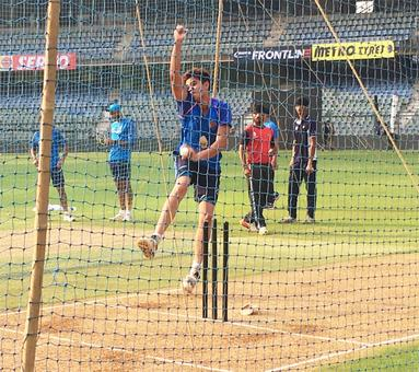 Rahane's batting position a mystery but India keen to carry momentum