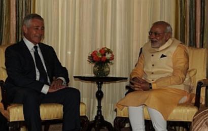 Modi, US Defence Secretary Hagel discuss Ebola, terror