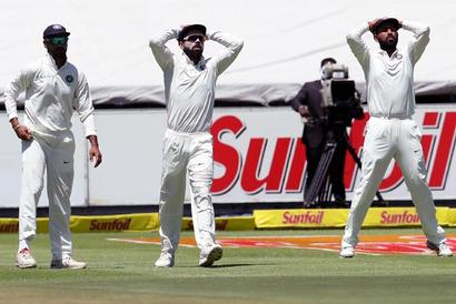 Rediff Sports - Cricket, Indian hockey, Tennis, Football, Chess, Golf - Was India's late arrival in SA responsible for their poor showing?