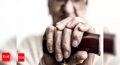 Homes for elderly shut in TN, seniors face abuse