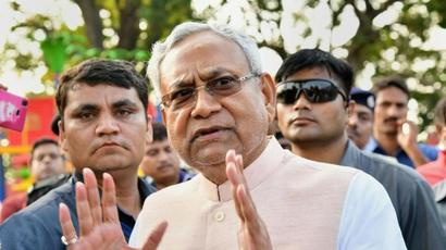 Nitish Kumar pitches for nation-wide ban on liquor at Delhi event