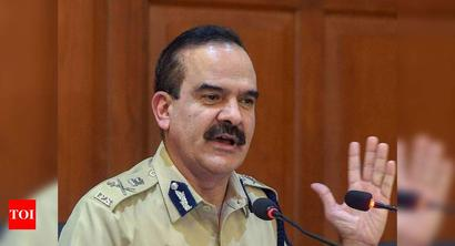DCPs transfer row: Mumbai top cop meets CM