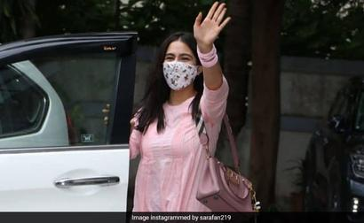 Sara Ali Khan, Back To Work, Greets The Paparazzi. See Pics